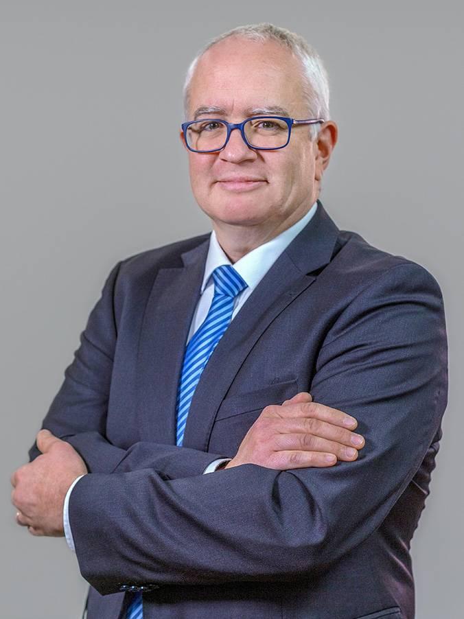 Dr. Andreas Schliemann